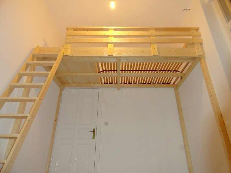 carpenters in berlin making loft beds hochbetten life. Black Bedroom Furniture Sets. Home Design Ideas