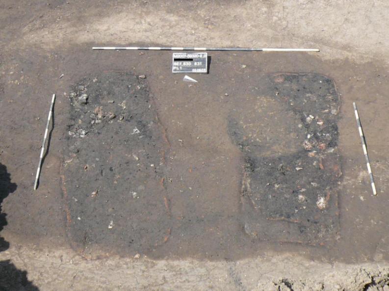 2 graves.JPG