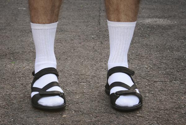 Socks-Sandals.jpg.f6acad6c5e78bc7fd7e949