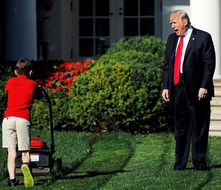 trump shout.jpg
